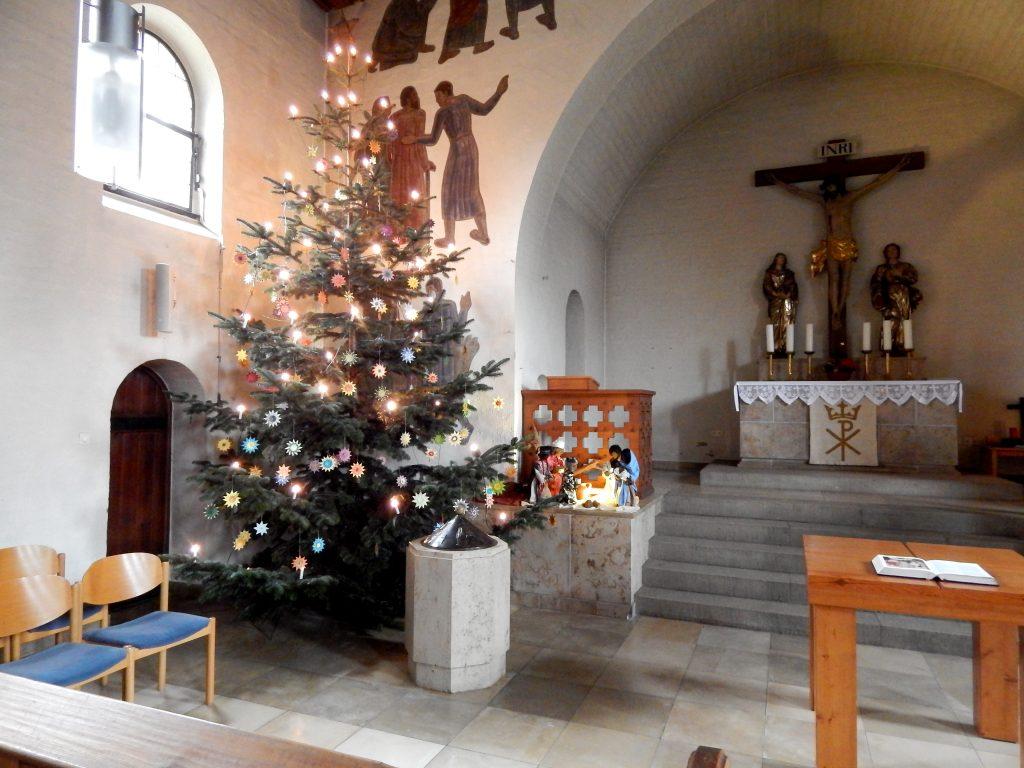 Christbaum in der Stephanuskirche Nürnberg Gebersdorf