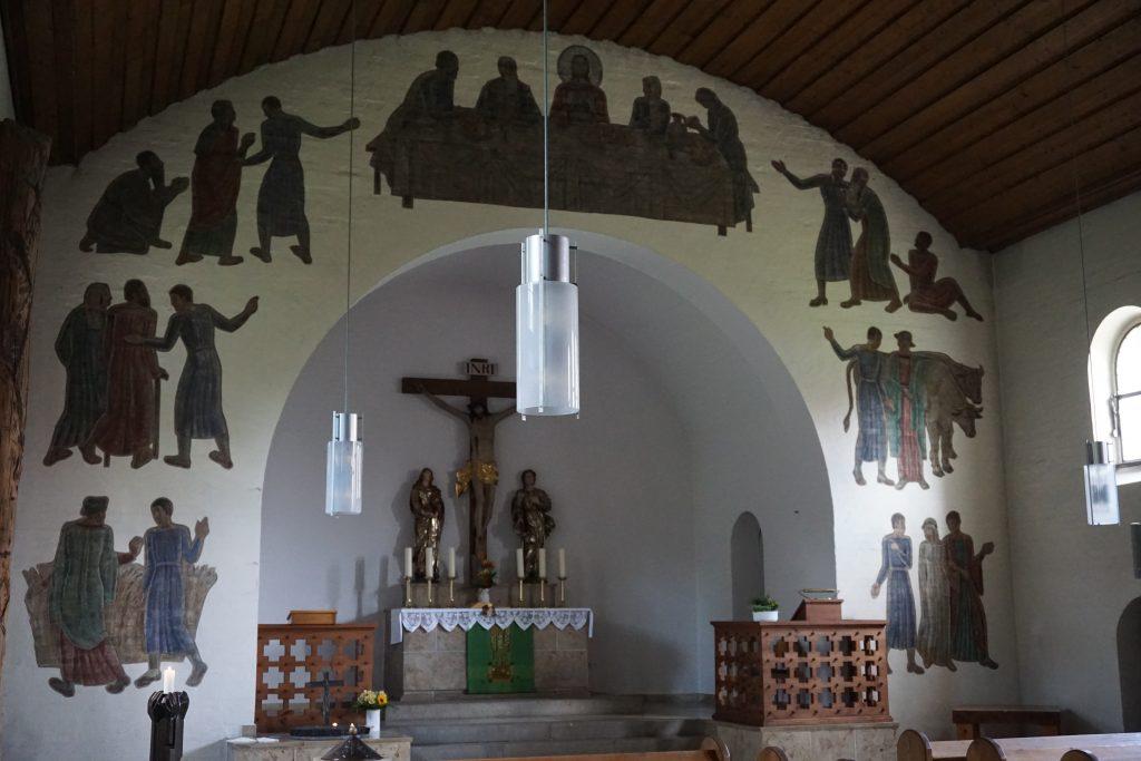Das große Abendmahl, Wandbild von Karl Hemmerlein zum Lukasevangelium in der Stephanuskirche Nürnberg. Gemalt auf dem Bogen zur Altarnische.